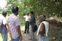 Primary-Field-visit-with-Dr.-Sreekuar-Chathopadhyaya-senior-scientist-CESS-TVM-at-Champakkulam-project-area.-1
